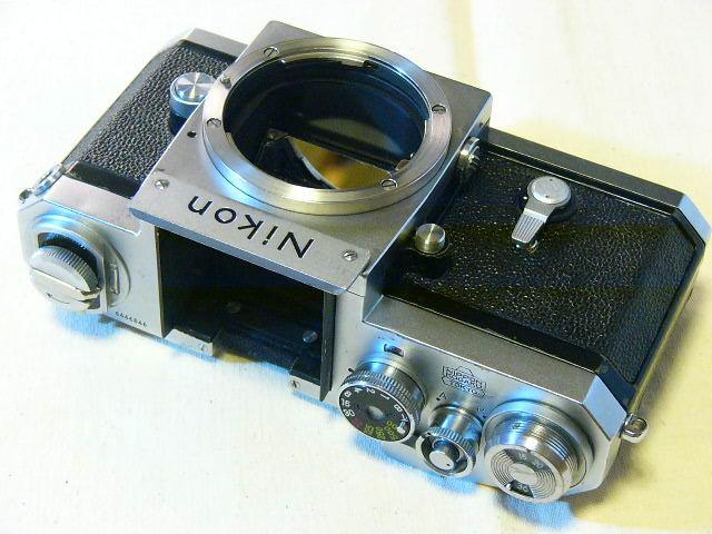 Nikon 日本光学 F 644番台 (動作・良品) メインボディーのみ/ジャンク扱い