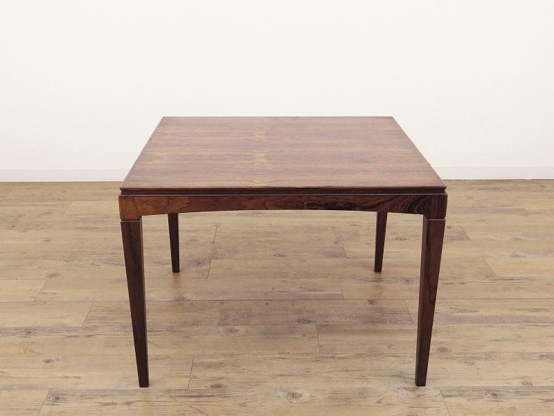 1960年代の北欧ビンテージ家具 デンマーク製 スクエアーのローテーブル HR-0202-2_画像2