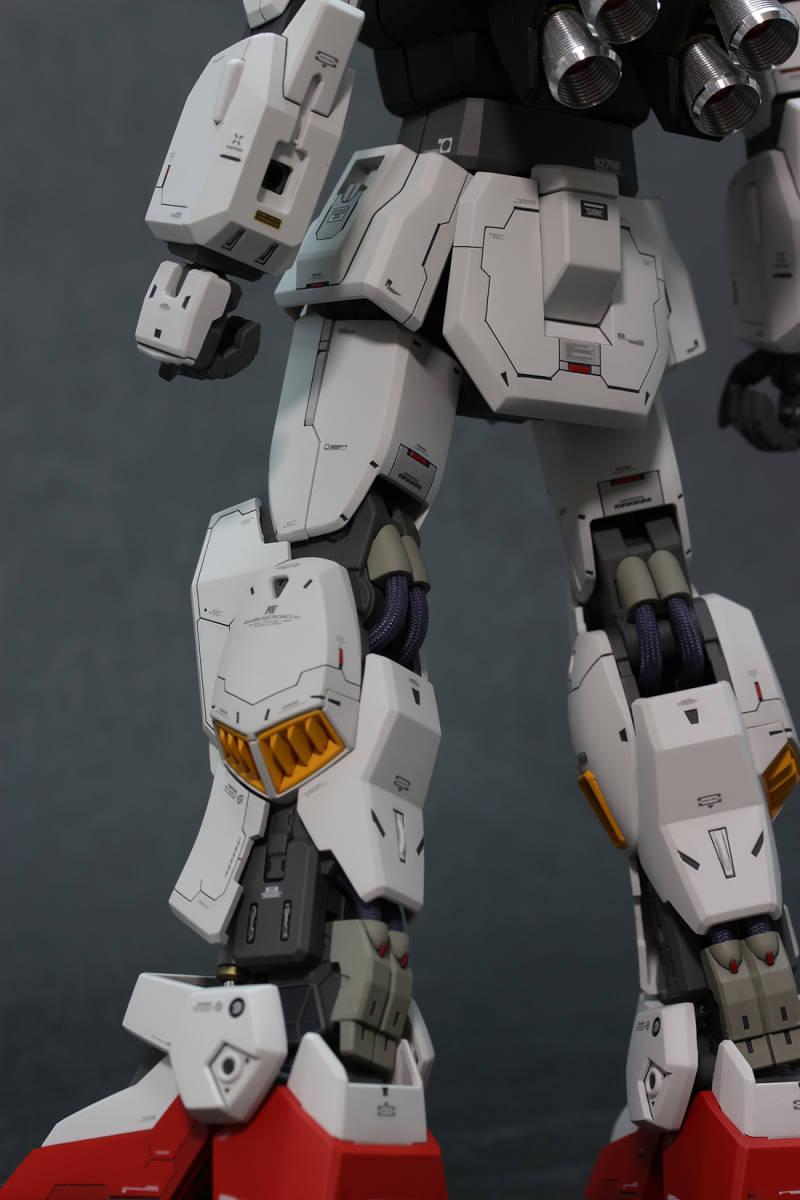 MG RX-178 ガンダムMk-II Ver.2.0 (エゥーゴ仕様) 徹底改修塗装済完成品 1/100 Zガンダム マーク2_画像8
