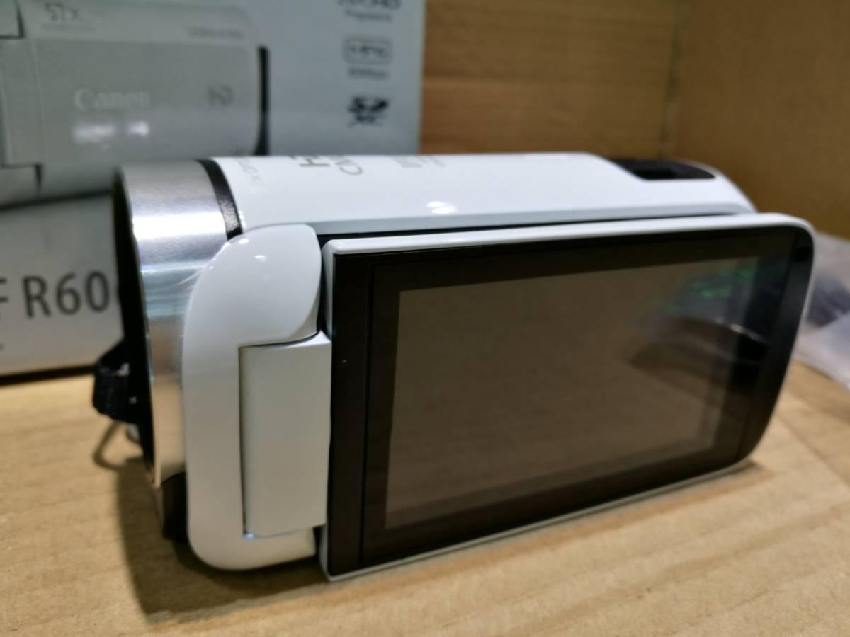 【値下即決】超美品 Canon キャノン HFR606 ビデオカメラ ホワイト 32X zoom 海外版 日本語対応 送料無料_画像2