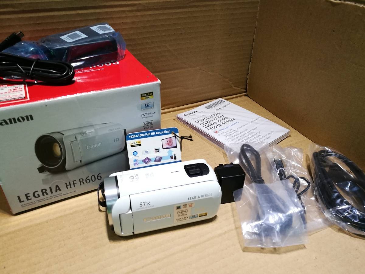 【値下即決】超美品 Canon キャノン HFR606 ビデオカメラ ホワイト 32X zoom 海外版 日本語対応 送料無料