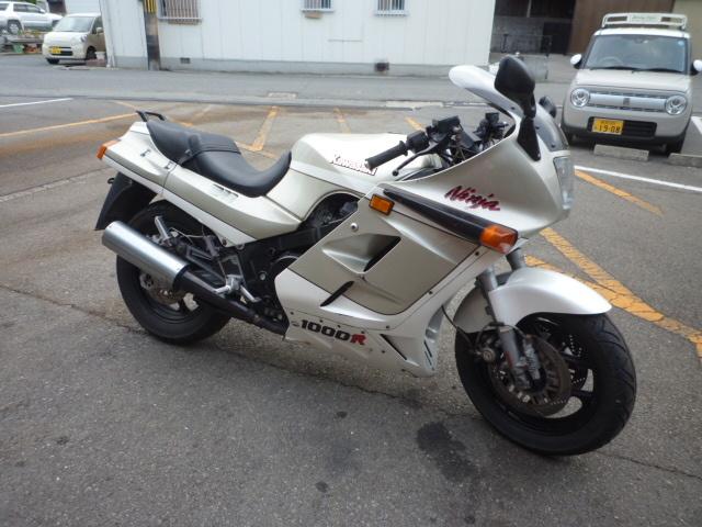 GPZ1000RX ZXT00A ニンジャ エンジン好調です。昭和のバイク