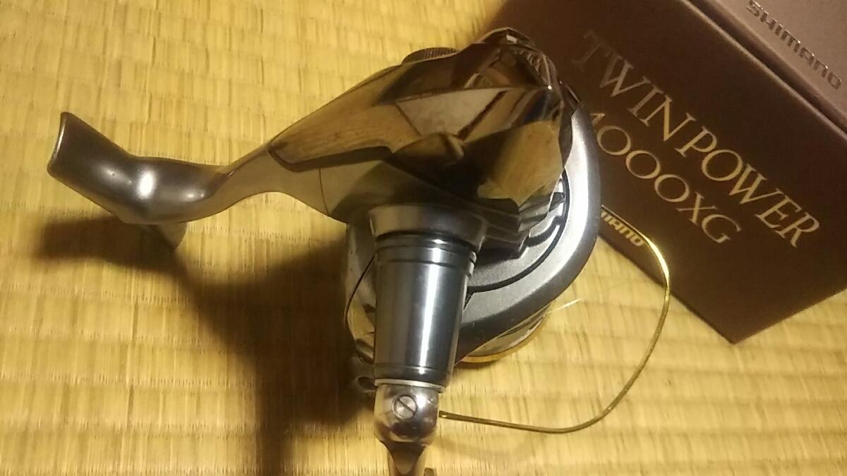 シマノ ツインパワー 4000XG TWINPOWER 4000 リール シーバス ヒラスズキ 磯マル ルアー_画像6
