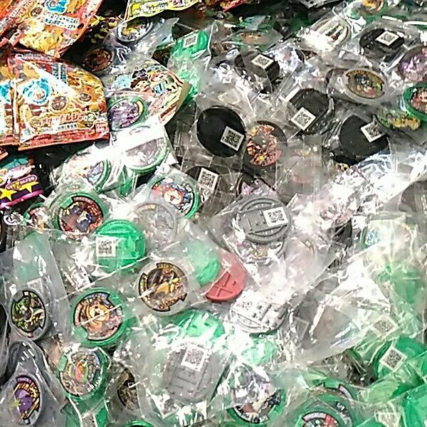 妖怪メダル 大量 未開封 美品 約7キロ_画像6
