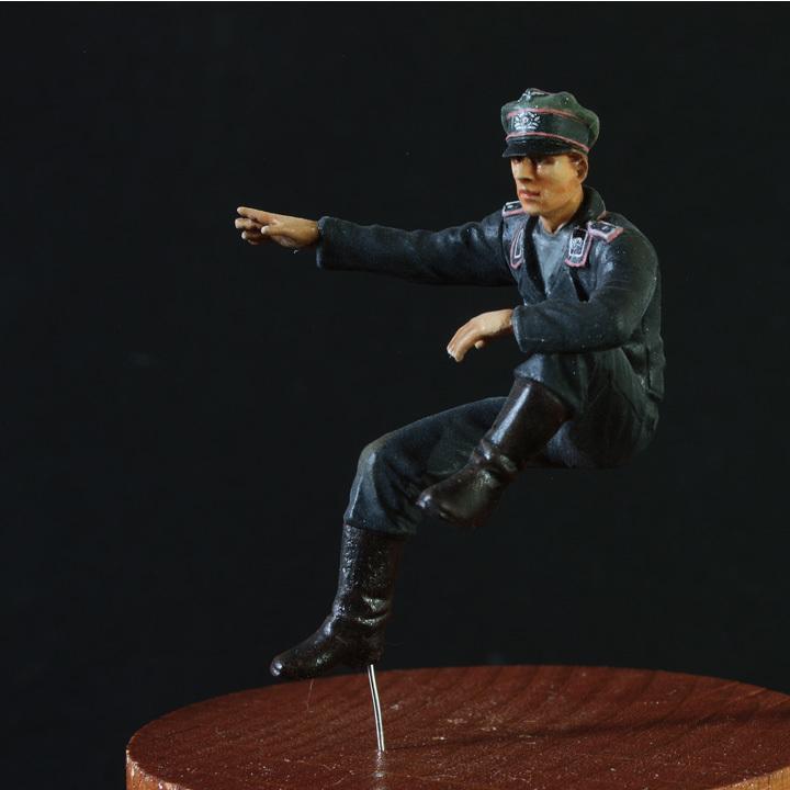 1/35 ドイツ WH国防軍 戦車兵 曹長・兵2種(3体セット)Ⅳ号戦車搭乗【完成品】【マスターボックスBD・アルパイン/ホーネットHD】18_Nov-01_画像2