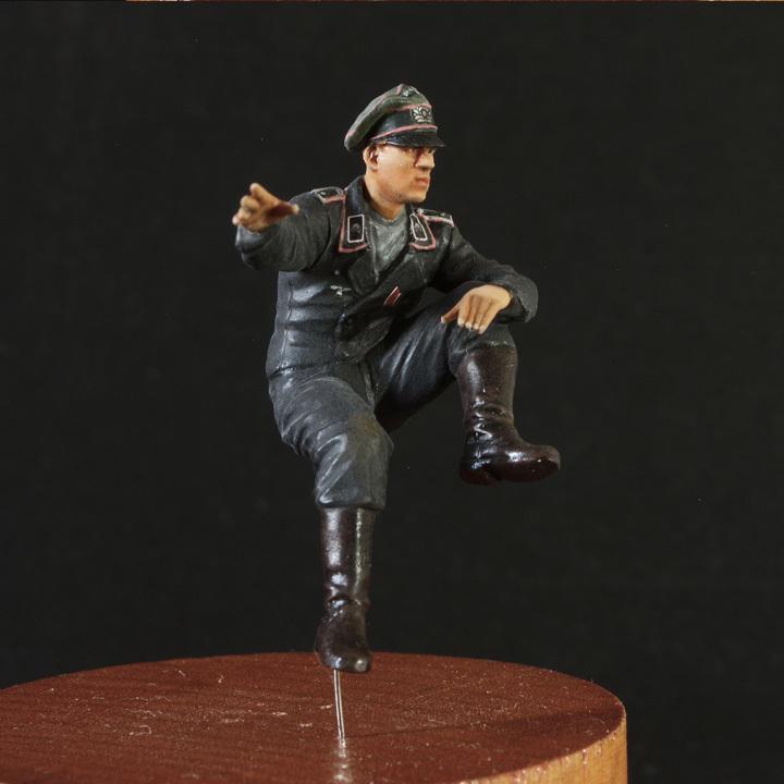 1/35 ドイツ WH国防軍 戦車兵 曹長・兵2種(3体セット)Ⅳ号戦車搭乗【完成品】【マスターボックスBD・アルパイン/ホーネットHD】18_Nov-01_画像3