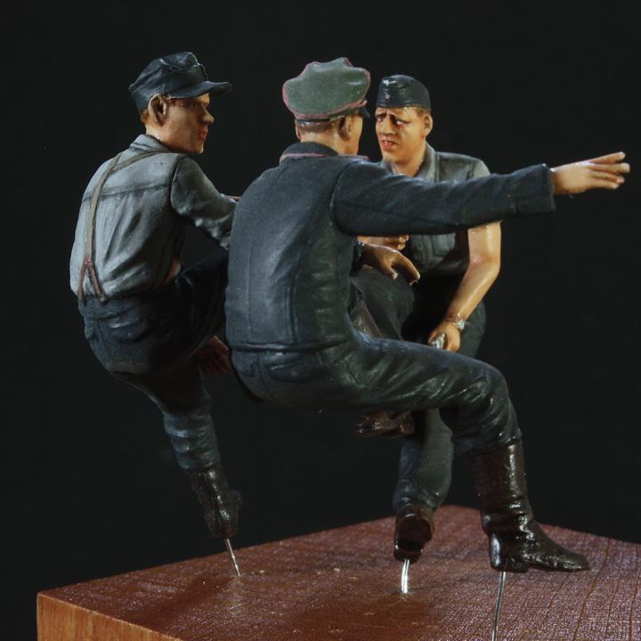 1/35 ドイツ WH国防軍 戦車兵 曹長・兵2種(3体セット)Ⅳ号戦車搭乗【完成品】【マスターボックスBD・アルパイン/ホーネットHD】18_Nov-01_画像10