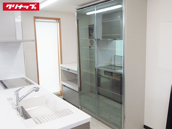 N0083-2【展示未使用品】クリナップ 最高級システム食器棚/壁面収納/レンジボード/大容量