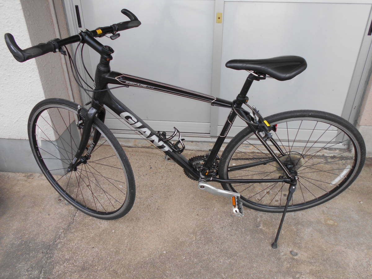 中古 GIANT ジャイアント ESCAPE エスケープ RX クロスバイク 自転車 24段変速 軽量アルミフレーム_画像5