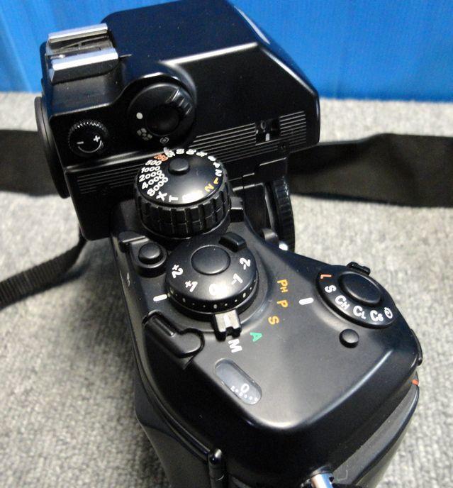 【YU340】NIKON ニコン 一眼レフカメラ F4S バッテリーパック MB-21付き ボディ 連写仕様 モダン クラシック フィルムカメラ_画像5