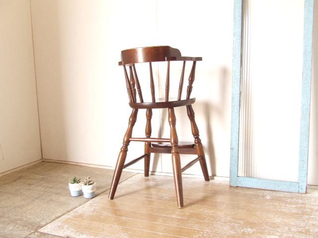 古いキツツキ飛騨ベビーアームチェア⑦チャイルド アンティーク ダイニング 子供椅子 ビンテージ家具 レトロ【沖縄・離島は発送不可】 _画像3