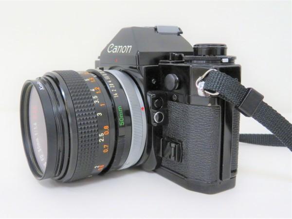 正規品 Canon キャノン 一眼レフ A-1 レンズ 50mm 1:1.4 フィルムカメラ カメラバッグ付き_画像3