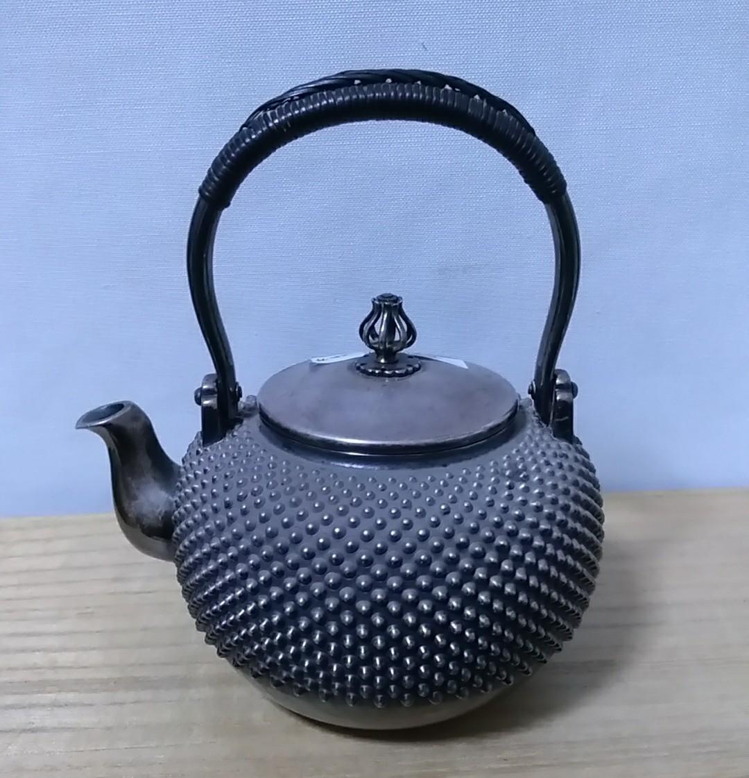 時代 五良三郎造 純銀 玉霰 花蕾式摘蓋 銀瓶 湯沸 在印 246g 蔵出し品 煎茶道具_画像1