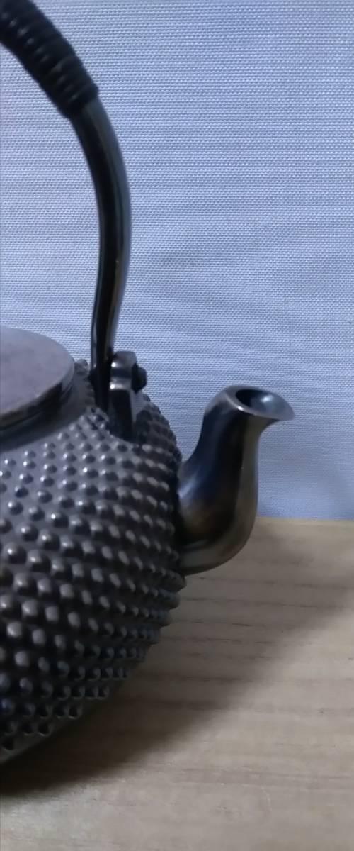 時代 五良三郎造 純銀 玉霰 花蕾式摘蓋 銀瓶 湯沸 在印 246g 蔵出し品 煎茶道具_画像3