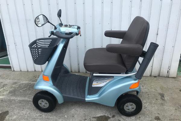 【全国配送可】SUZUKI スズキ セニアカー【ET4D6】電動四輪車 シニアカー ライトブルー ステッキホルダー/左右バックミラー/取説付_画像3