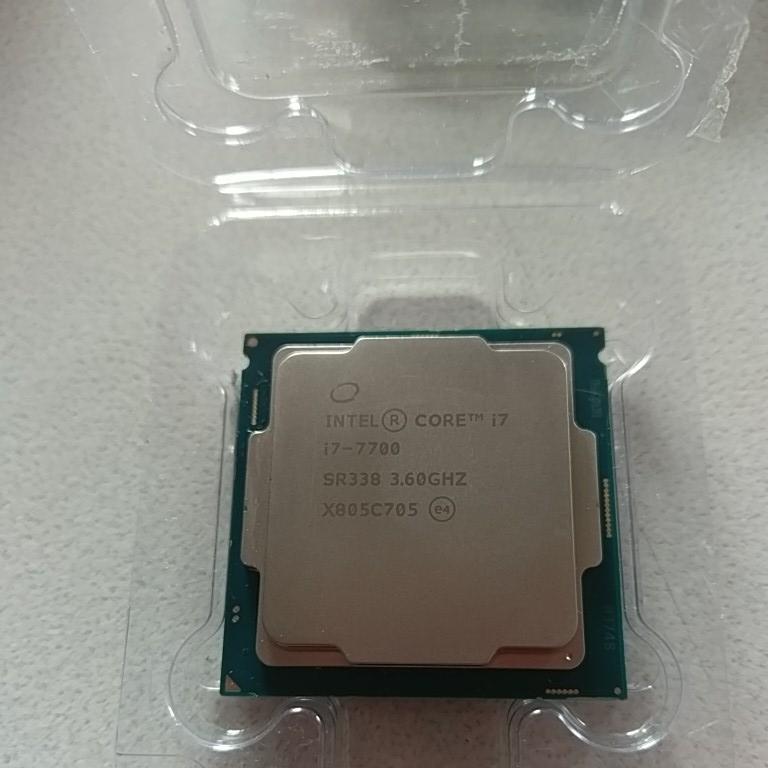 CPU インテル Core i7-7700 ジャンク
