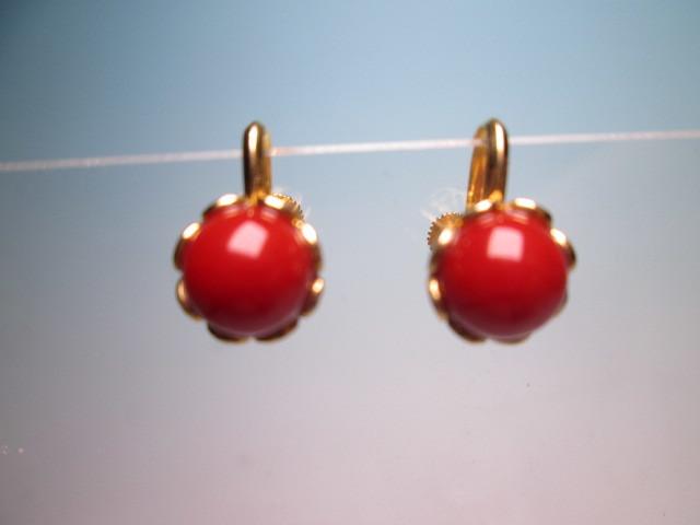 【江月】18K 血赤珊瑚玉のデザインイヤリング 3,35g ケース付 _画像1