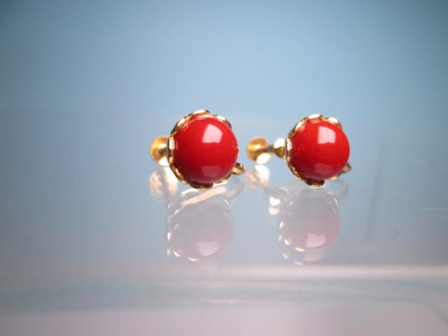 【江月】18K 血赤珊瑚玉のデザインイヤリング 3,35g ケース付 _画像4