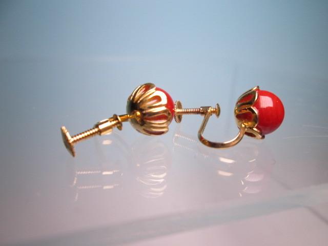 【江月】18K 血赤珊瑚玉のデザインイヤリング 3,35g ケース付 _画像8