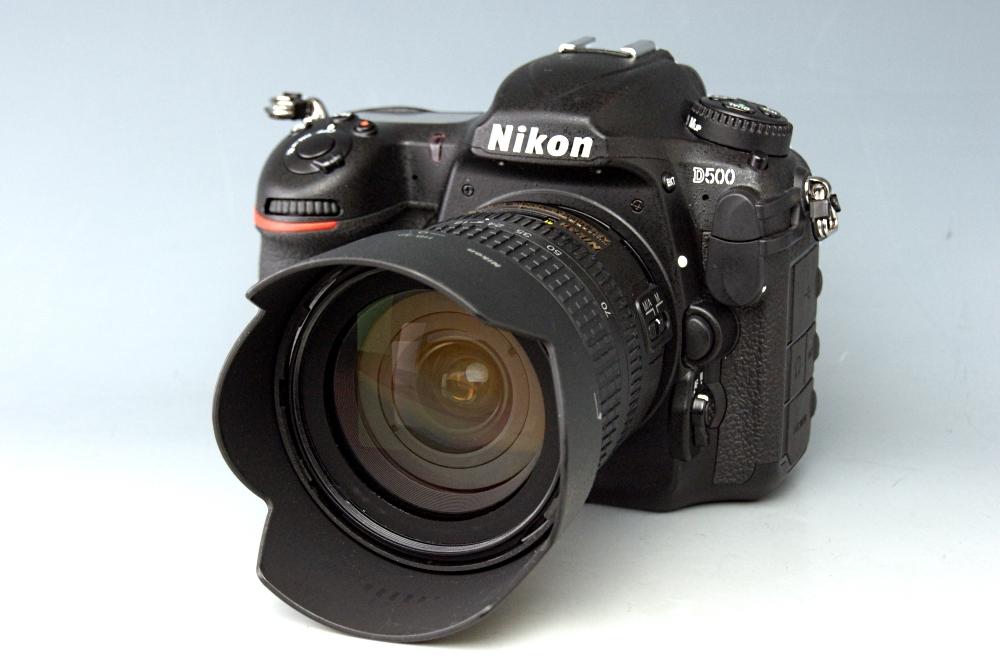 【美品】Nikon ニコン D500 ボディ AF-S18-70mm レンズセット★ショット数1441回
