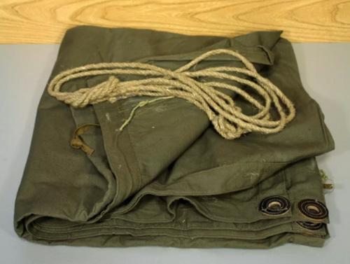 ロシア軍 ポンチョ 焚き火 テント ミリタリー ビンテージ ブッシュクラフト ソロキャンプ 軍幕