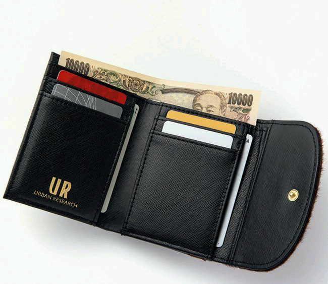 残1個[完売]InRed(インレッド)URBAN RESEARCH(アーバンリサーチ)特製 お金を引寄せる!本格財布&馬蹄チャーム/2018年2月号/付録/限定/In Red_カード入れは6カ所あります(^-^)