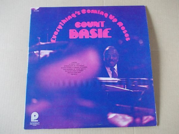 P2172 即決 LPレコード カウント・ベイシー COUNT BASIE『EVERYTHING'S COMING UP ROSES』 輸入盤 US盤_画像1
