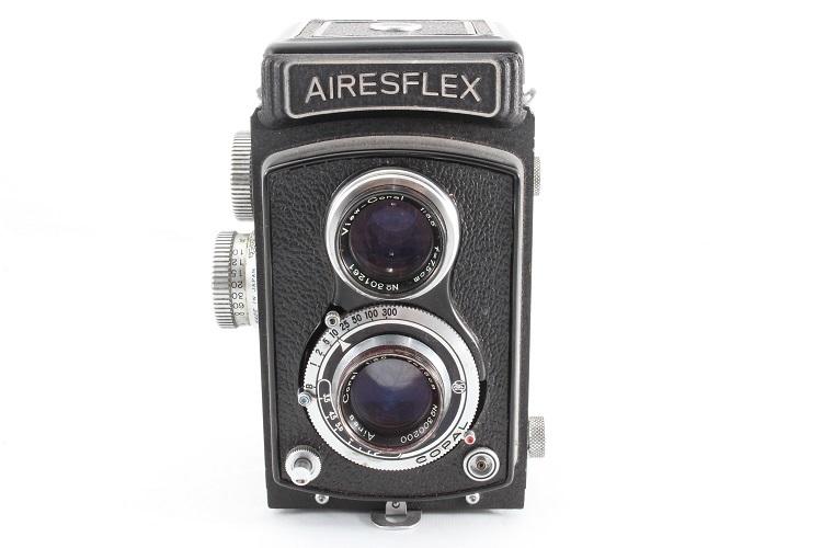 AIRESFLEX アイレスフレックス 二眼レフ 奇跡のコンディション 極上美品 クリアな光学! 元箱と本体のシリアルナンバー一致_画像4