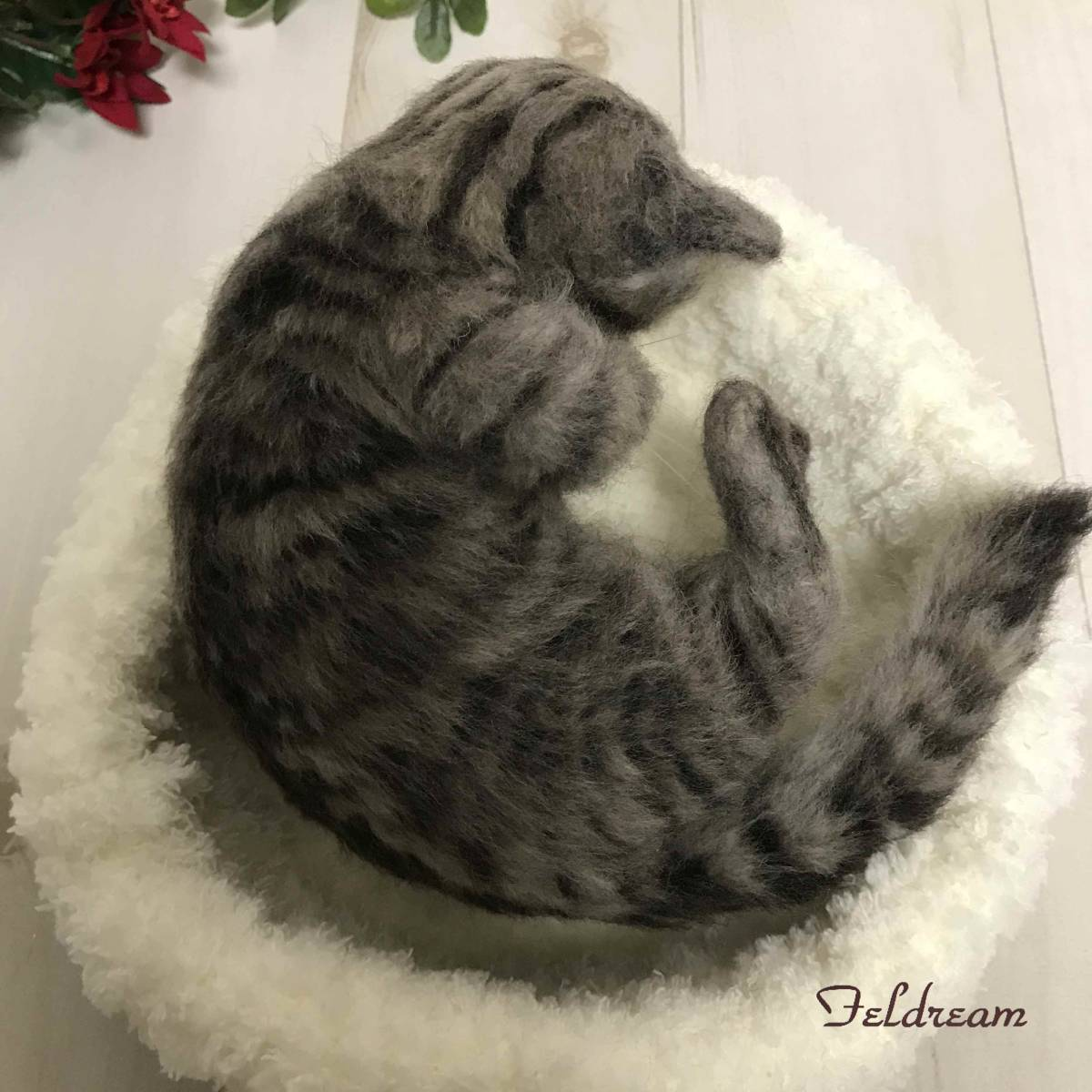 Feldream◆羊毛フェルト猫 ごろにゃん♪ キジトラ子猫 《実物大》 ハンドメイド_画像10
