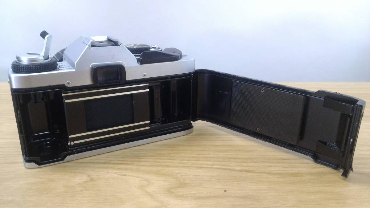 [KmY129]オリンパス フィルムカメラまとめ OLYMPUS OM20/OLYMPUS-PEN F/ZUIKOレンズ50-90㎜付き ジャンク品 80サイズ_画像4
