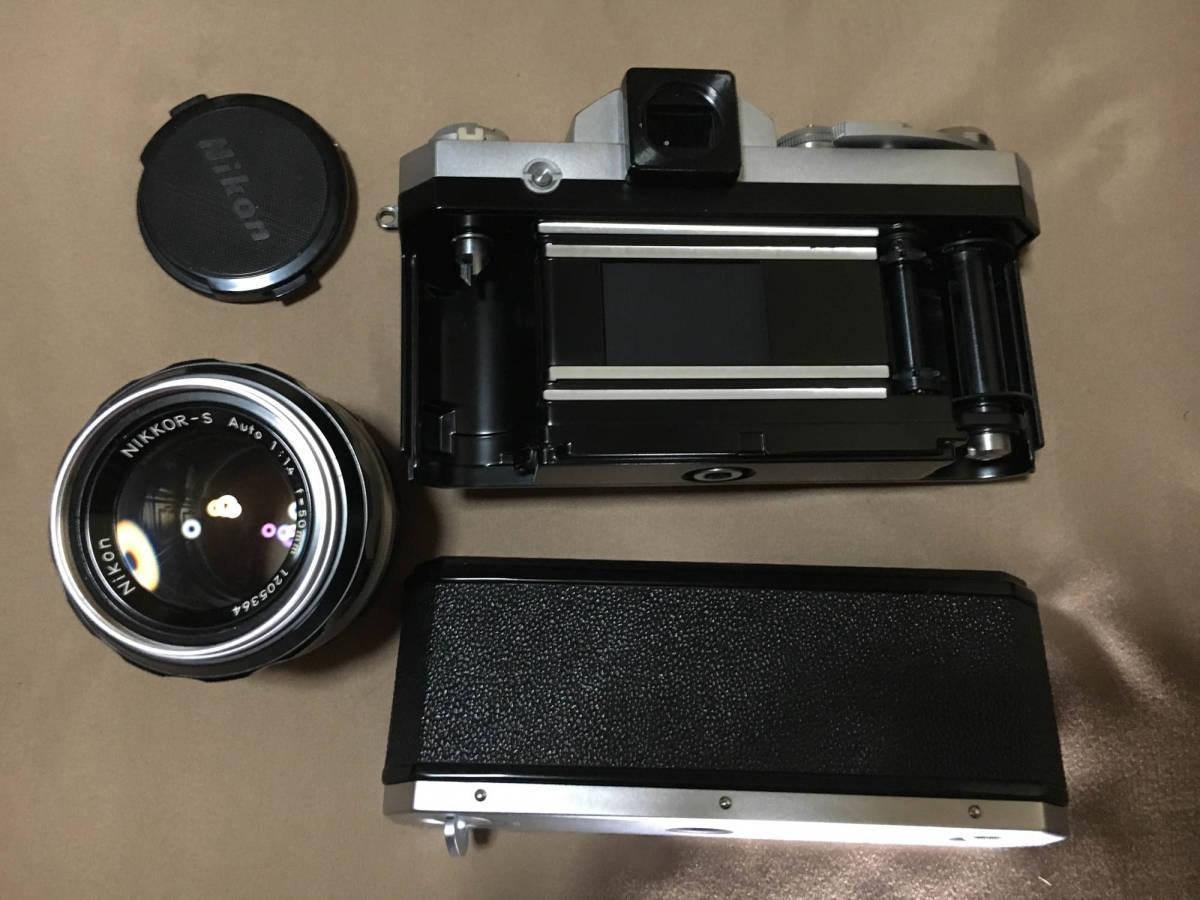Nikon F フィルムカメラ 一眼レフ ボディ 初代 F 50mm f1.4 レンズ セット ニコンF 専用ケース,ストラップつき 露出計はおまけです_画像6