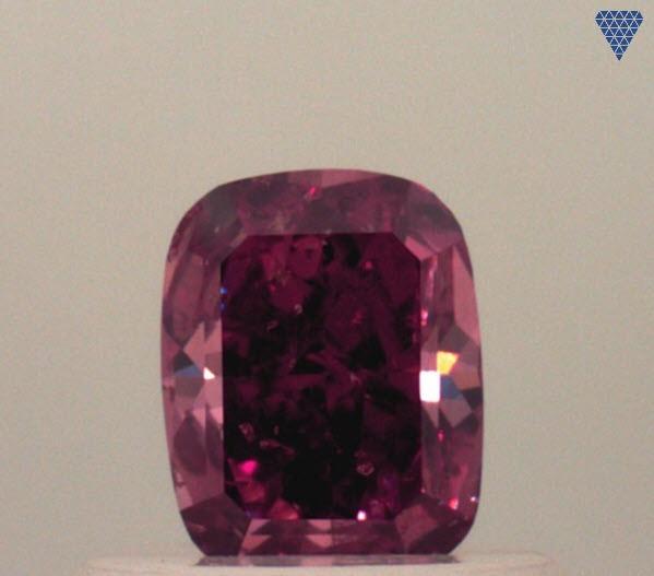 0.56 ct FANCY RED I1 CUSHiON MIX CUT GIA ダイヤモンド ルース DIAMOND EXCHANGE FEDERATION