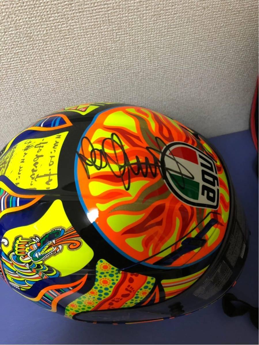 バレンティーノ・ロッシ直筆サイン入りヘルメット世界限定46個(証明書付き)_画像2