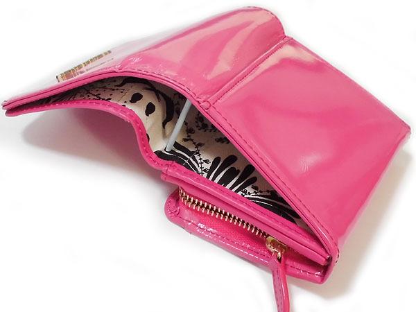 [アウトレット] シンシアローリー 牛革 エナメル 二つ折り財布 [送料185円] ピンク CYNTHIA ROWLEY レディス 箱無し_画像4