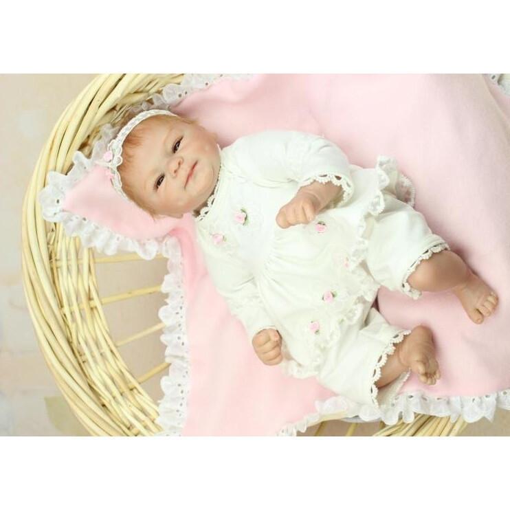 e7039f2ccb5b3  送料無料 リボーンドール リアル赤ちゃん人形 かわいいベビー人形 衣装とおしゃぶり・