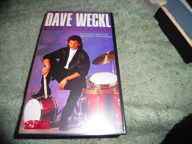 Y174 ビデオ DAVE WECKL Back to Basics: An Encyclopedia of Drumming Techniques 1988年 海外版(輸入版) 72分 ドラム_画像1