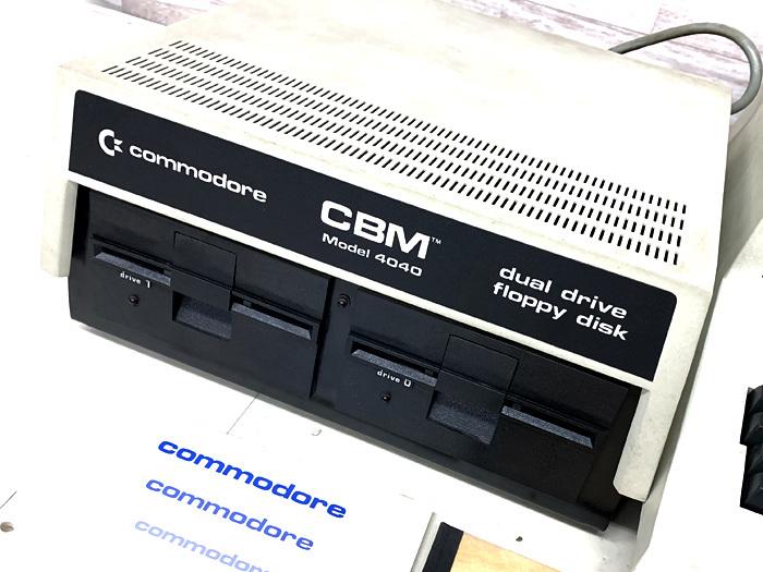 ■commodore CBM Model 4032 コンピューター Model 4040 フロッピードライブ コモドール■_画像4