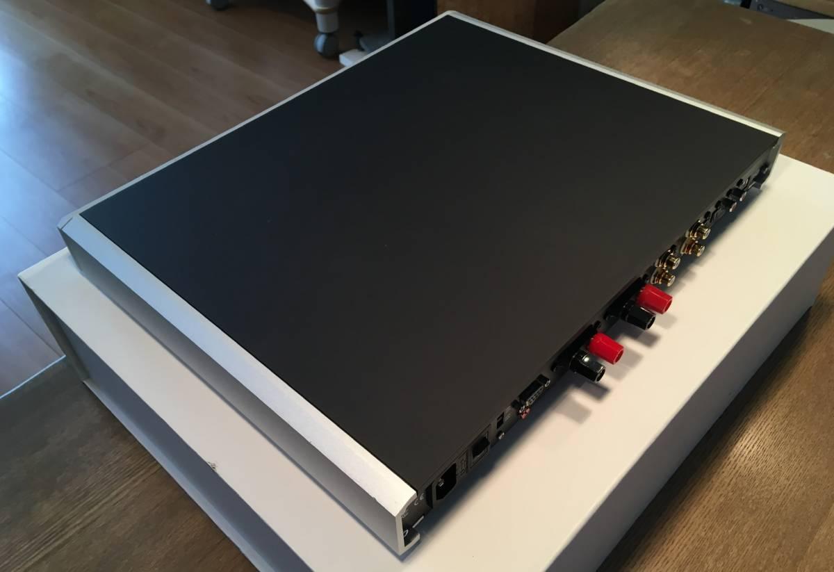 【良品】NuPrime IDA-16 Integrated Amplifier 30万円以下のプリメインでは出色の出来! D級らしからぬ太い音と澄んだ音の両立は見事!_画像2