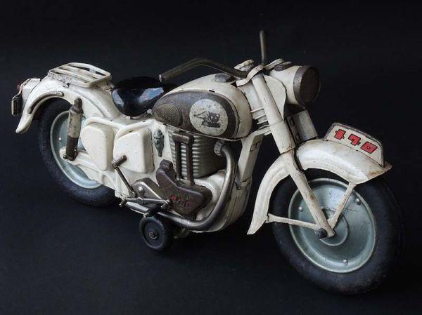≫白犬≪ ≫ オートバイ メグロ 白  長さ約30cm ≪