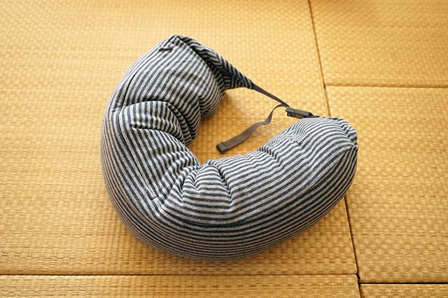 【卒業旅行】無印良品 MUJI フィットするネッククッション+替えカバーセット 杢ネイビー
