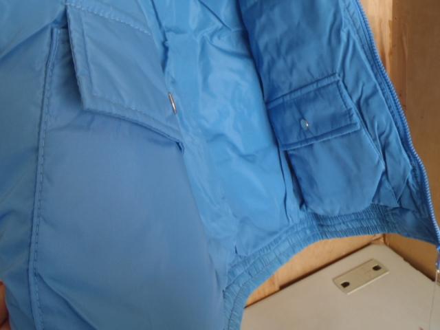ダウンジャケット リバーシブル ★防寒着 スキーウェア スノボウェア M 薄ブルー 「経年」未使用品 ★現状渡し 上着_内側ポケット2個付き
