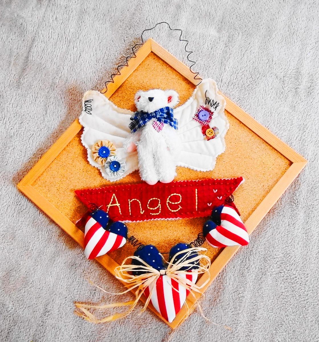 ハンドメイド木製 天使のくまさん壁掛けパネル ウッド調HANDMADE ANGEL 家のインテリアに 結婚式にも カントリー風ウェルカムボードにも_画像1