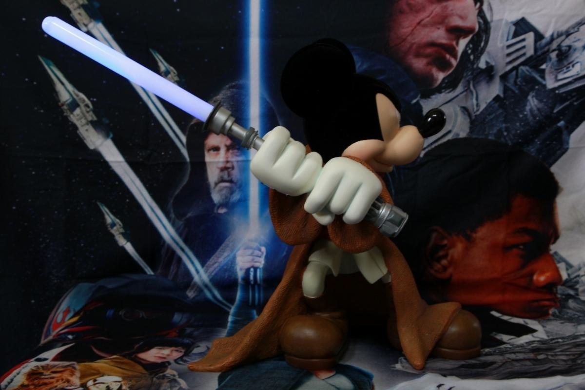 WDW ディズニー・ワールド限定品 スター・ウォーズ ジェダイの騎士&ミッキーマウス コラボレーション ビッグフィギュア ライトセーバー_画像3