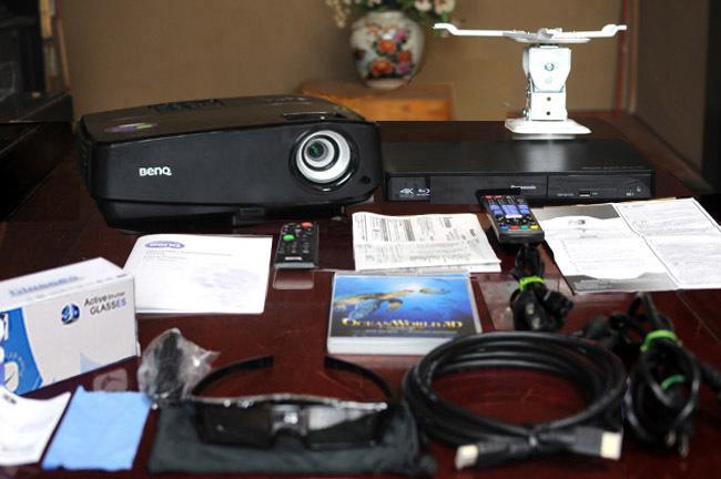 送料無料!3D映画館フルセット!高輝度3000lm BenQ MW523! 100インチスクリーン/3D Blu-ray /3Dメガネ/天吊金具他全品一式!