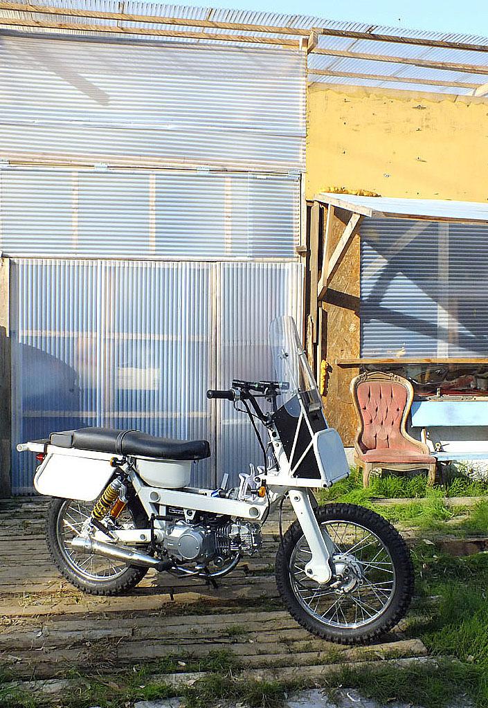 「Super Boo (125cc)試作モデル在庫放出(ジャンク扱いでヨロシクお願いいたします)!」の画像3