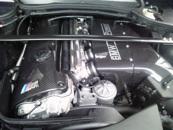 人気●BMW E46M3 E40Z4M専用本物カーボンエンジンカバー シルキーシックス S54/綾織カーボン/在庫残りわずか 320 328 330_画像3