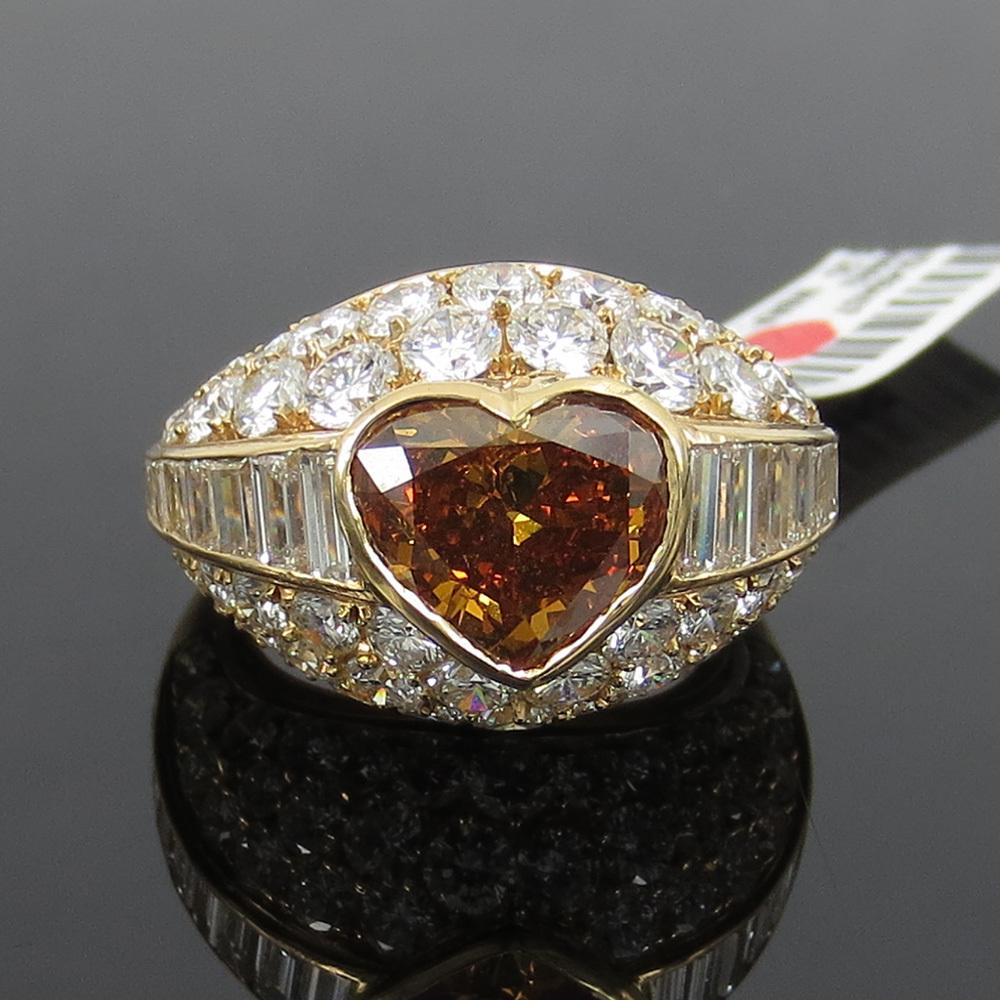 新古品《Somenzi 7ct ブラウン&ホワイトダイヤモンド》K18 カクテル・ハートリング指輪_画像1