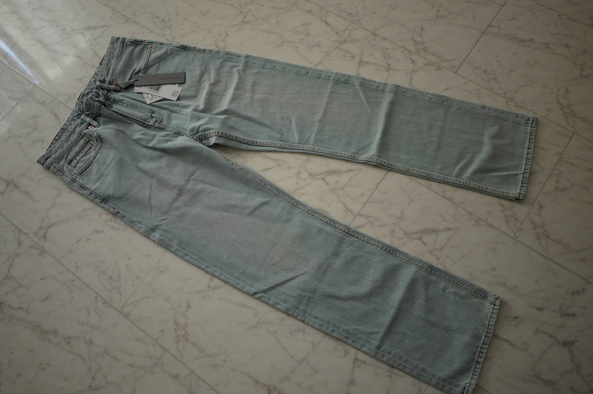 新品 未使用品 正規品 Calvin Klein Jeans カルバンクラインジーンズ ハイストレートデニムパンツ ライトインディゴ 32 定価27,864円(あ31)_画像1