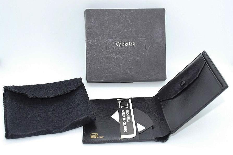 63c509939b27 「ヴァレクストラ 財布」の商品一覧. 入札件数 0. 新品・未使用バレクストラ超希少エレファントレザー小銭入れ付き2つ折