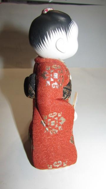(旧家・蔵出し)(古い味わいのある作家物・萌春作・羽子板を持つ女の子木目込み人形)貴重・珍品_画像7